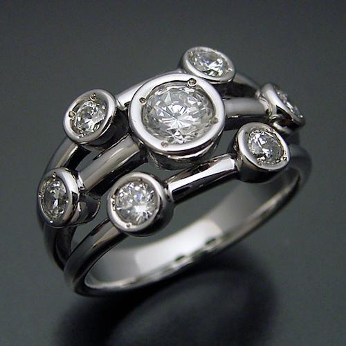 再婚する場合の婚約指輪の相場はどれくらい?